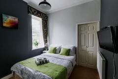 Bedevere or room 4 en-suite double room