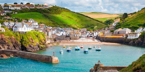 Cornwall Family Holidays - Avalon Guest House - https://avalonguesthousenewquay.co.uk
