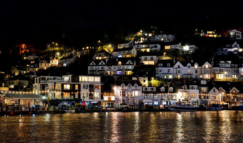 Cornwall Nightlife - Avalonguesthousenewquay.co.uk - Photo by Baz Richardson - 44284935220_21e11a971f_c 2.jpg
