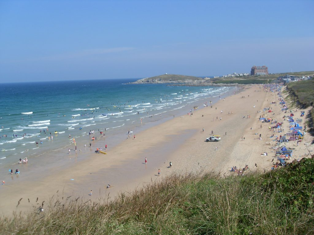 Fistral-Beach-avalonguesthousenewquay-avalonguesthousenewquay.co.uk
