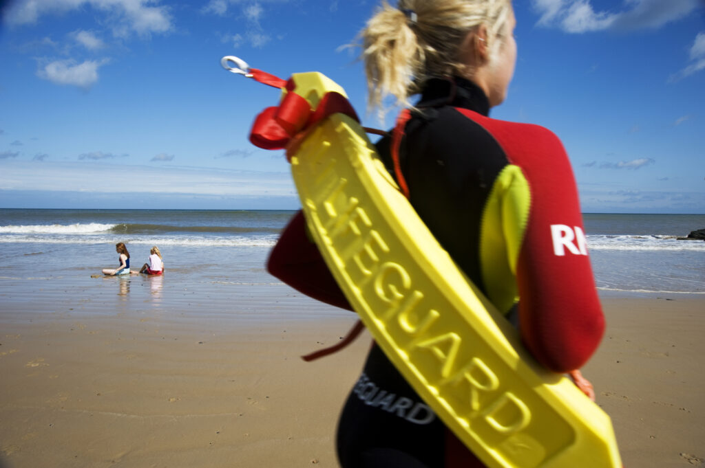 Is Crantock Beach Cornwall Lifeguard Protected-avalon guesthouse-avalonguesthousenewquay.co.uk