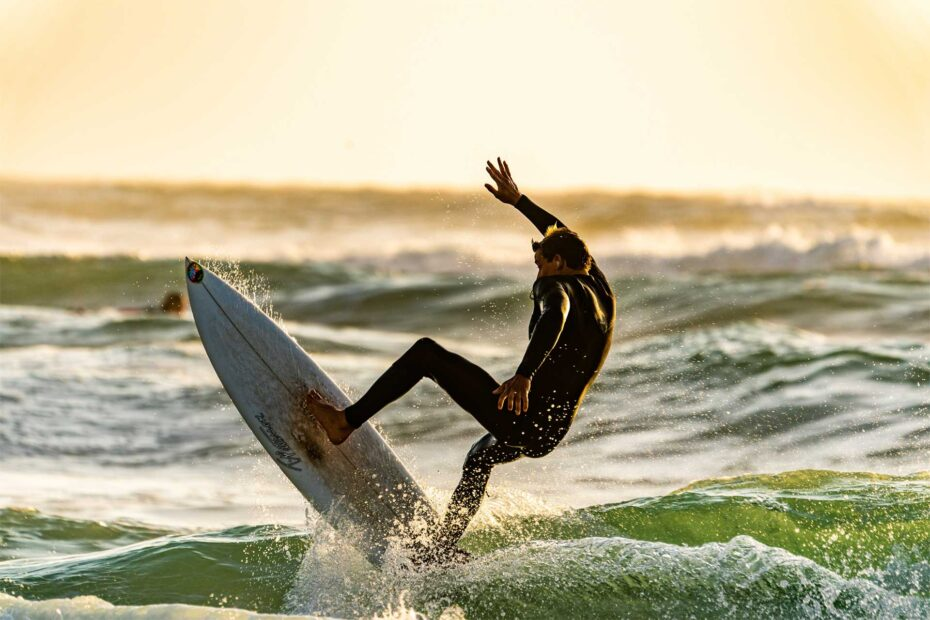 Surfing in Newquay, Cornwall-avalon guesthouse-avalonguesthousenewquay.co.uk