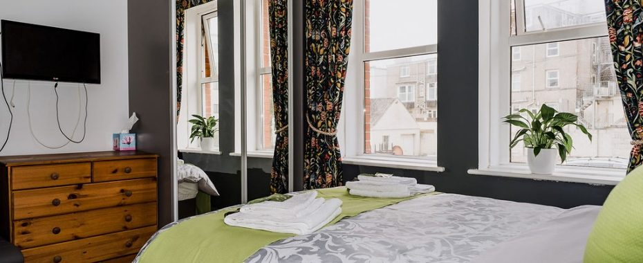 Perceval ensuite double room - Avalon Gues House Newquay 4